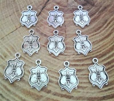 10 Trachtenanhänger Wappen